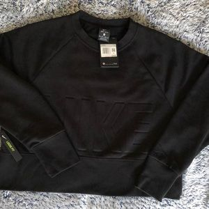 NWT Nike Dri-Fit Cropped Sweatshirt